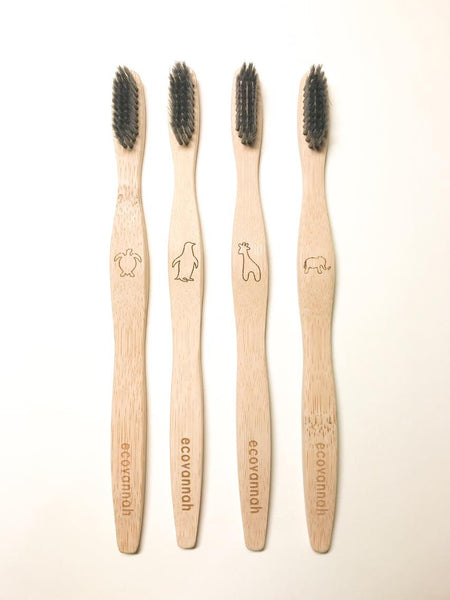 'BOO' Brush - 4 Pack x Adult