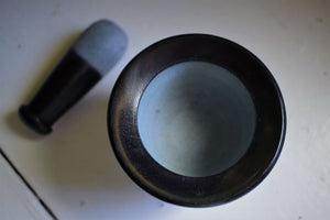 BLACK SOAPSTONE MORTAR AND PESTLE