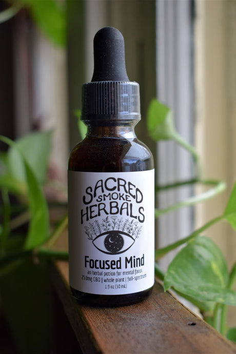 FOCUSED MIND TINCTURE | AN HERBAL POTION FOR MENTAL FOCUS | CBD & MUSHROOM TINCTURE