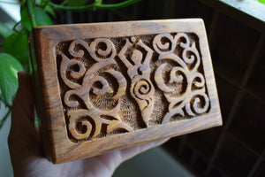 GODDESS OF EARTH WOODEN ALTAR BOX | WOODEN HERB BOX | CRYSTAL BOX