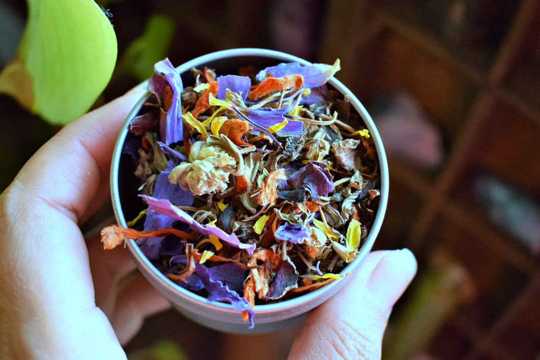 HEADCHANGE | A LOOSE MOOD ENHANCING HERBAL BLEND