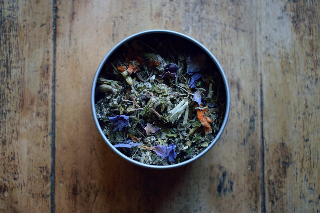 LIFT | A LOOSE HERBAL BLEND FOR THE OVERACTIVE MIND
