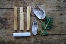 Load image into Gallery viewer, PALO SANTO + SAGE SMUDGE KIT | CLEAR QUARTZ + SELENITE | HOLY WOOD | METAPHYSICAL | SMUDGE STICK