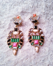 Load image into Gallery viewer, Elegant Drop Earrings