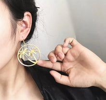 Load image into Gallery viewer, Palmers Hoops Earrings