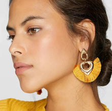 Load image into Gallery viewer, Louisa Earrings