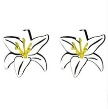 Load image into Gallery viewer, Tropical Flowers Earrings
