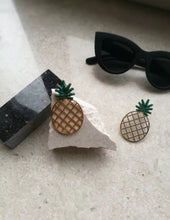 Load image into Gallery viewer, Large Pineapple Earrings
