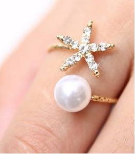 Pearl & Star Ring