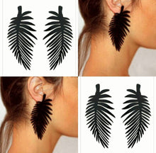 Load image into Gallery viewer, Black Palm Earrings