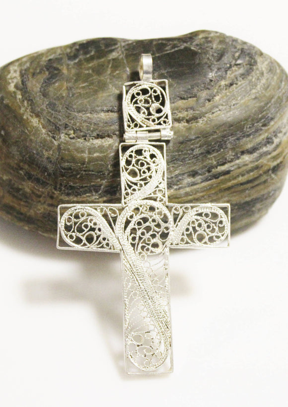 Nice Delicate Ethiopian Hinged Cross, Filigree Cross, Ethnic Pendant (AK111)