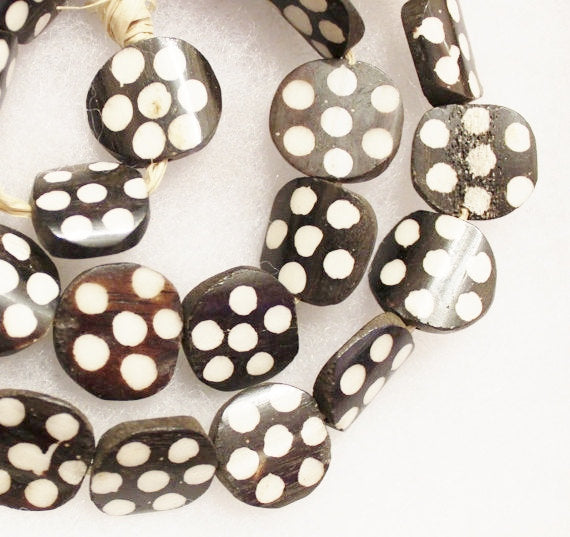 African Bone Beads (10) , Polka Dot Beads, Black and White Ethnic Beads (S25)
