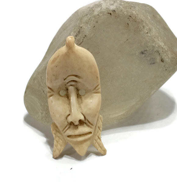 African Face Pendant made of Bone, Carved Pendant, Ethnic Jewelry Supplies (AR153)