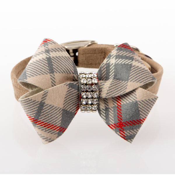 Scotty Collar Doe Plaid with Nouveau Bow front view