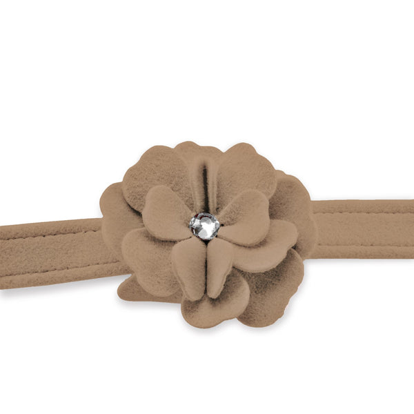 Tinkie's Garden Leash fawn
