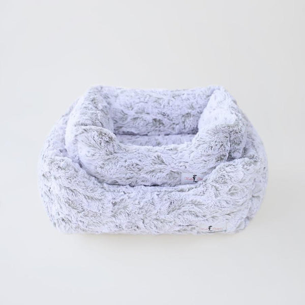 Luxury Dog Bed Plush White Grey Mink