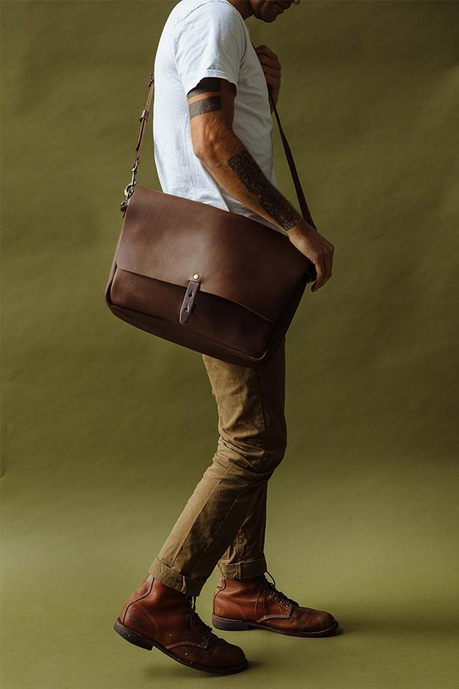 Vintage Messenger on Tan