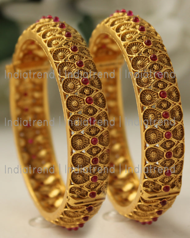 Nandini Bangle Set