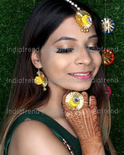 Aanvi Earrrings Tikka Ring Set