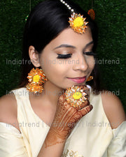 Rimple Earrrings Tikka Ring Set