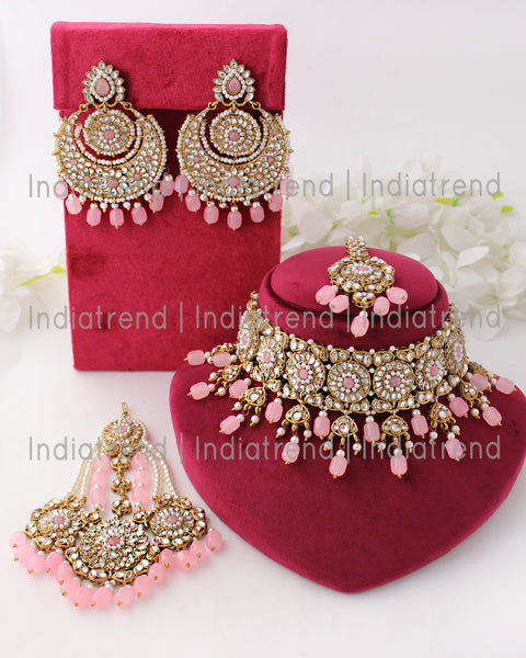 Prachi Necklace Set