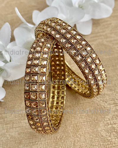 Nirali Bangle Set