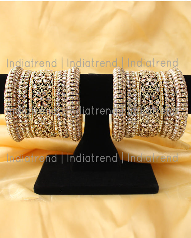 Aastha Bangle Set