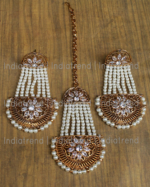 Adaa Jhoomer Earrings & Tikka