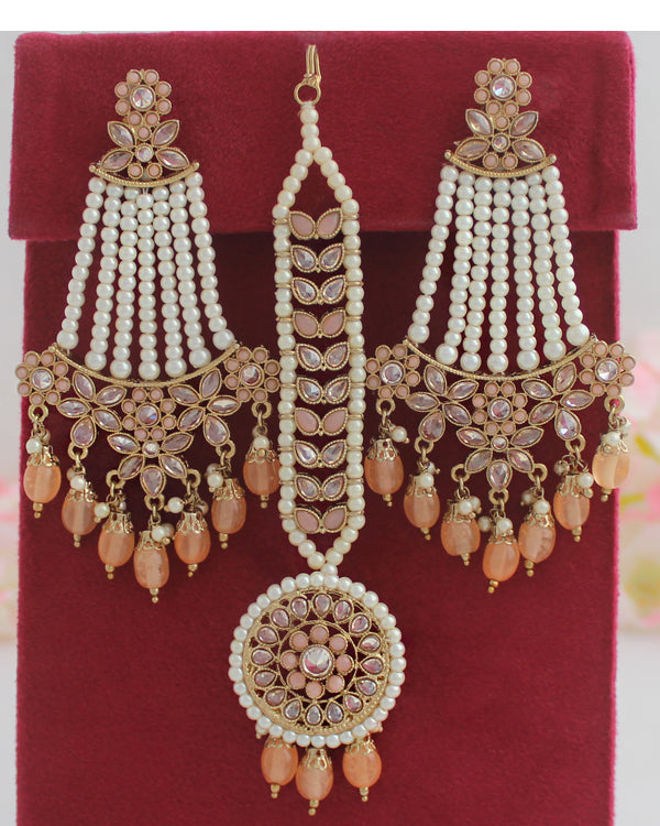 Ankita Earrings & Tikka