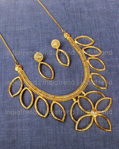 Navdha Necklace set