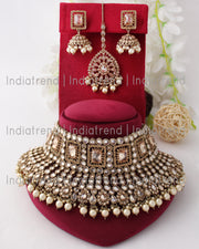 Ashna Necklace Earrings Tikka Set
