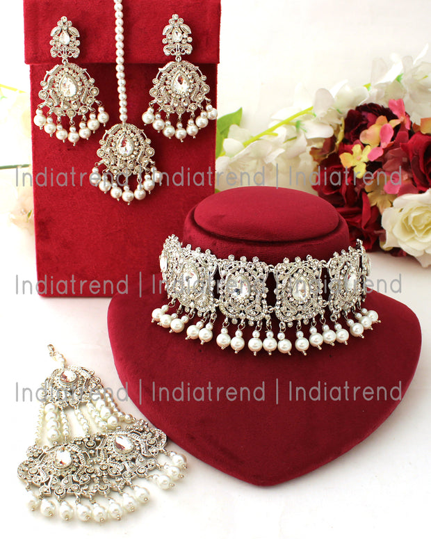 Adhira Choker Necklace Set