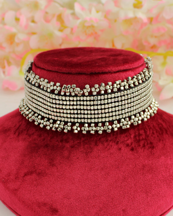 Urvashi Choker Necklace