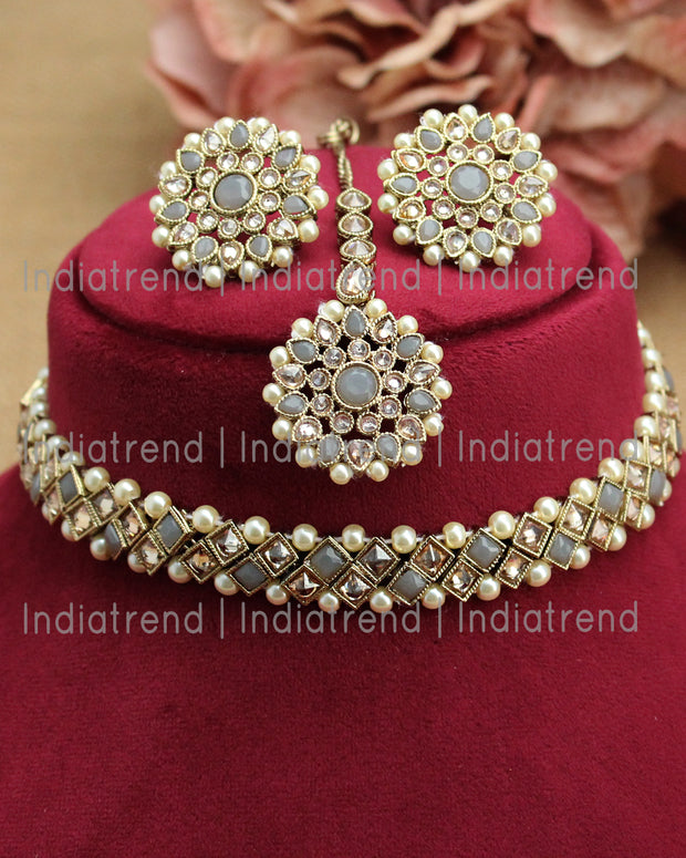 Navya Necklace Set