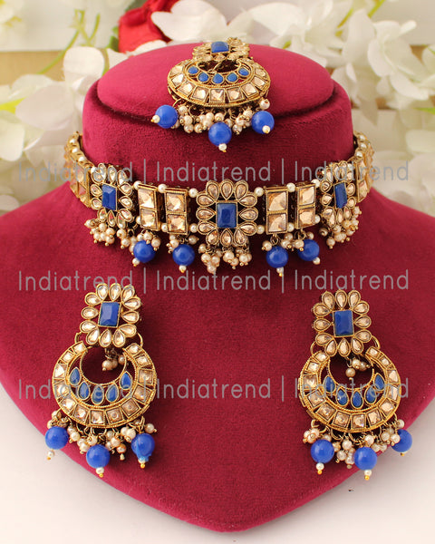 Vanya Necklace Set