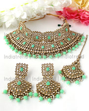 Manyata Necklace Set