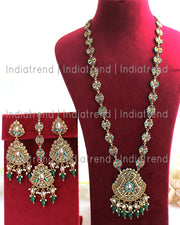Pragya Necklace Set