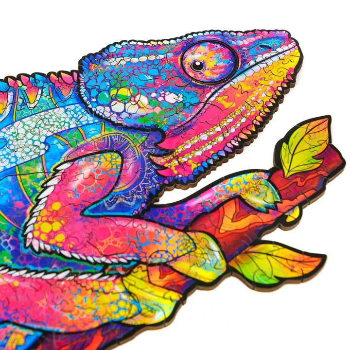 IRIDESCENT CHAMELEON - WOODEN JIGSAW PUZZLE