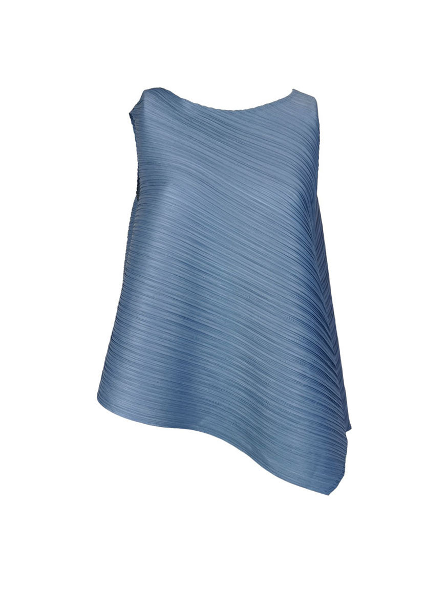 O190004 Asymmetric Pleated Top *Blue