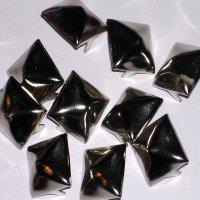 Various Punk 10 Large Pyramid Studs Stud