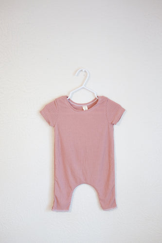 Lightweight Rib Jumper in Rose