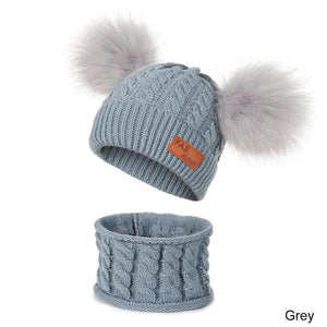 New winter hat and scarf for children