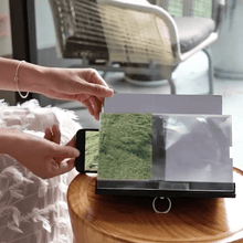 Load image into Gallery viewer, 3D Phone Magnifying Stand