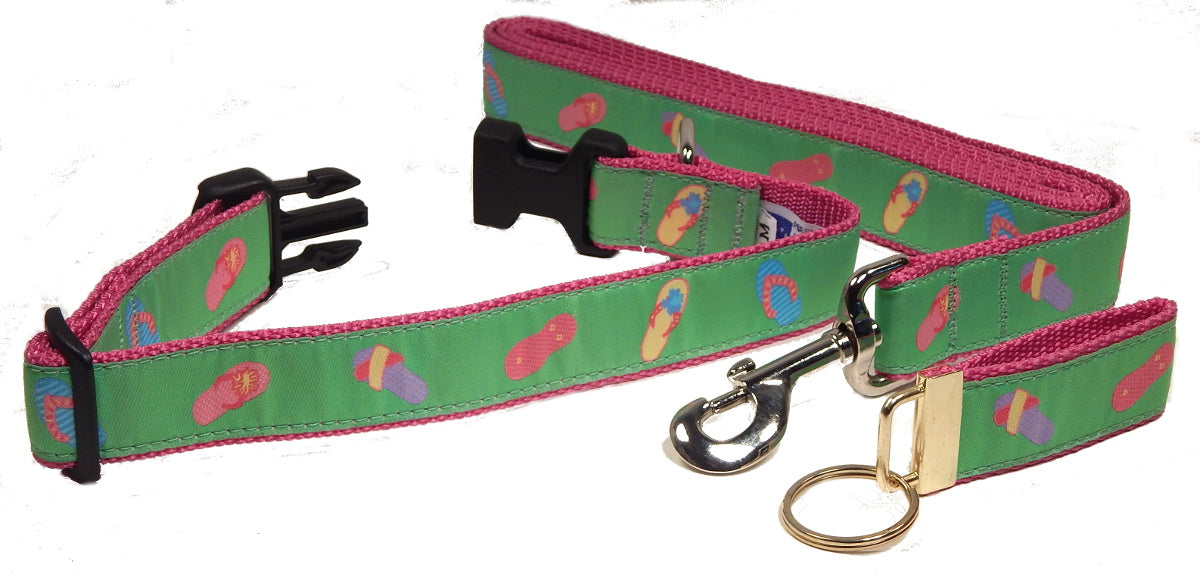 "Preston Ribbons ""Flip Flops on Lime Green"" Collar and Leash, MEDIUM/LARGE Dogs, FREE Matching Key Ring"