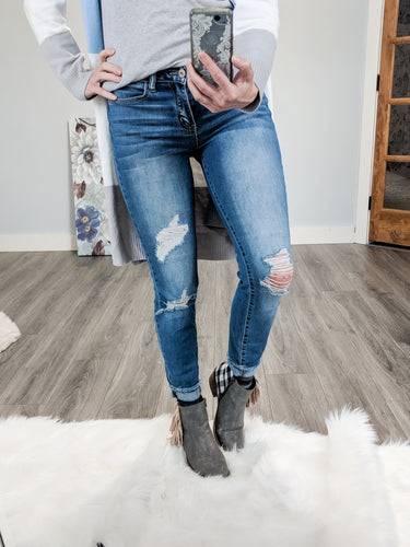Boston Mid Rise Skinnies