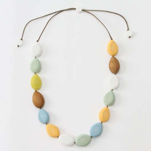THE ISA PASTEL NECKLACE - Hello World