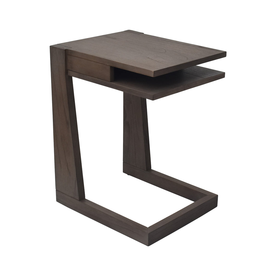 Leroy C Table with Versatile Table Design