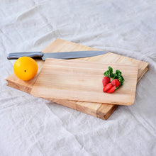 Load image into Gallery viewer, Hopper Rubberwood Cutting Board Set in Medium and Small