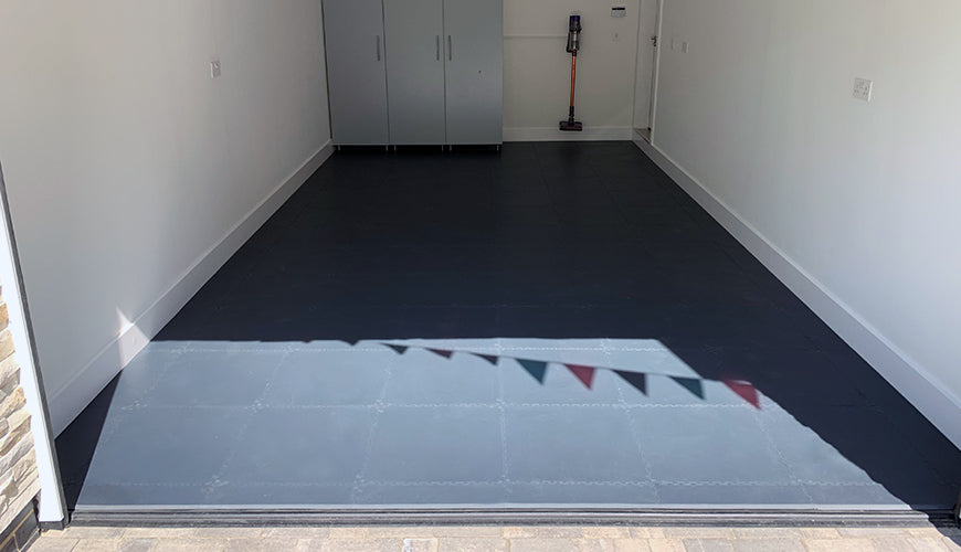 Ian & Julie's New Garage Floor