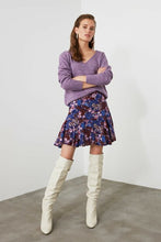 Load image into Gallery viewer, Women's Knit Lilac Tricot Sweater